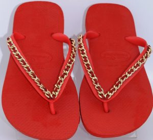 Top Red XL Gold Link Chain